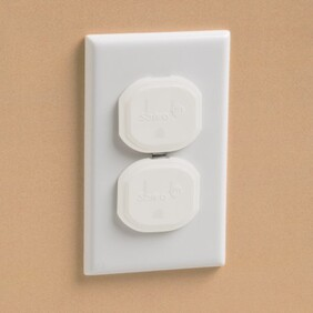 Safety 1st Outlet Plug Protectors